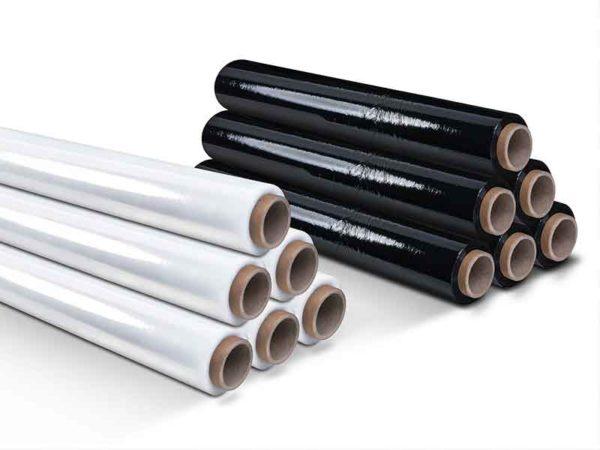 Schwarze und weiße Folienrollen aus einem Kalander / Kalander-Aufbereitungssystem