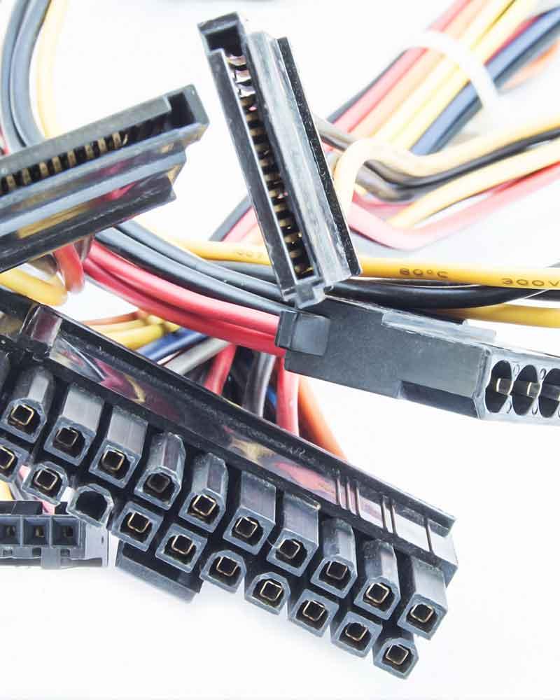 Cables eléctricos y roscas de aislamiento de PBT o PET