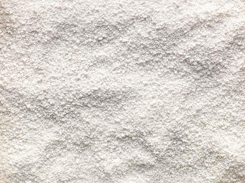 Weißes, pulverförmiges Granulat, hergestellt mit der speziellen Compoundier-Technologie für Duroplast