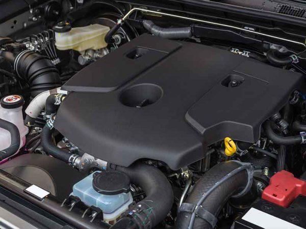 Polyamid, hergestellt in Compoundier-Systemen, bilden die Basis für viele Teile in einem Auto-Motor.