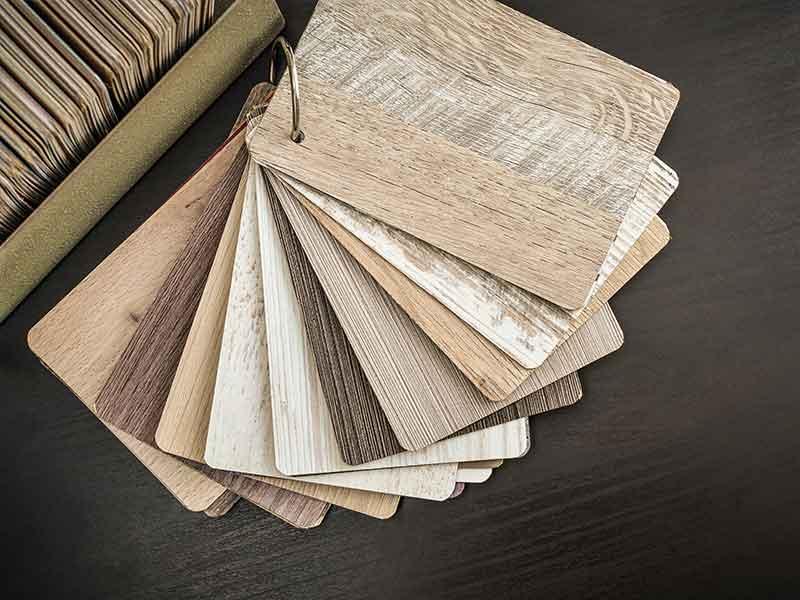 En las muestras de laminados se pueden observar las diversas posibilidades de aplicación de los materiales compuestos de fibras naturales.