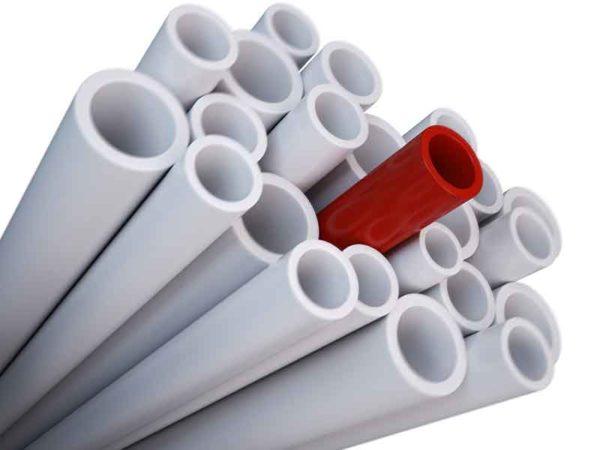 Компаундирование жесткого ПВХ (непластифицированный ПВХ) в качестве основы для белых и красных труб