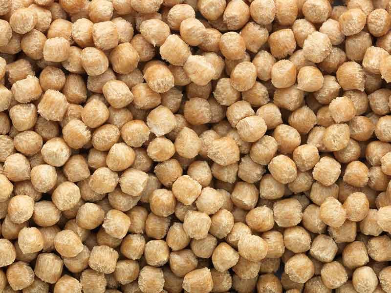ブッスの混練技術によって混練された天然繊維複合材の褐色材料顆粒